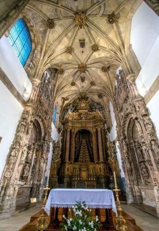 church of coimbra 1